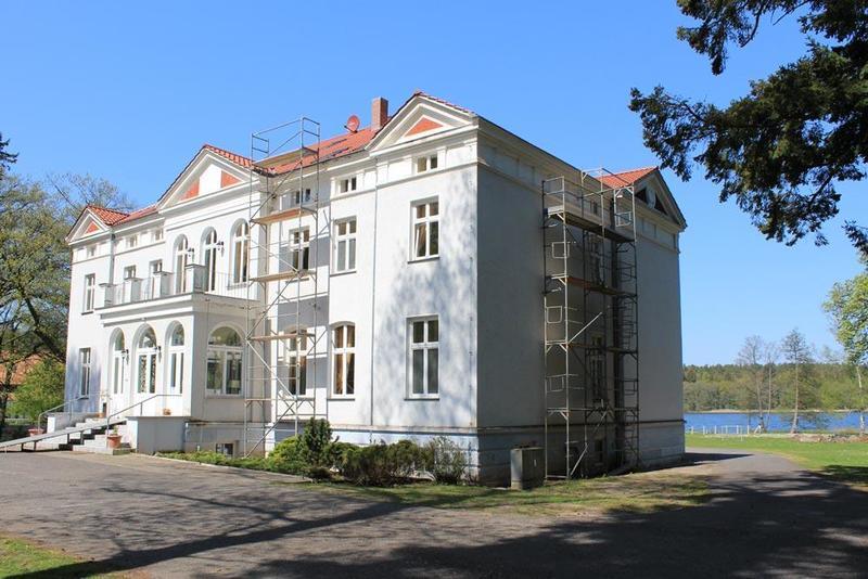 Jugendschloss Neu Sammit