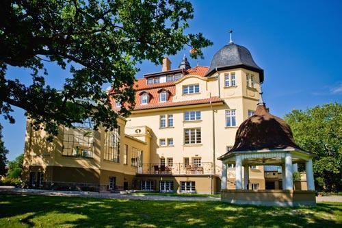 Guts- & Herrenhäuser / Gutshäuser - W / Wendorf, Sternberg